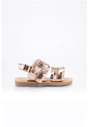 Cute fringe detail to the front. Overlay detailing flat sandals