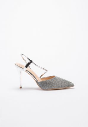 Metallic pumps with crossover strap closure