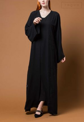Embroidered Symmetrical Abaya