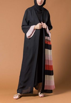 Open Bisht With Multicoloured Frill