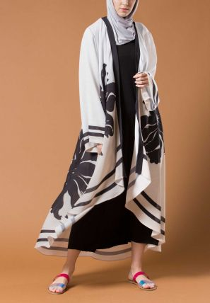 Printed High Low Open Bisht